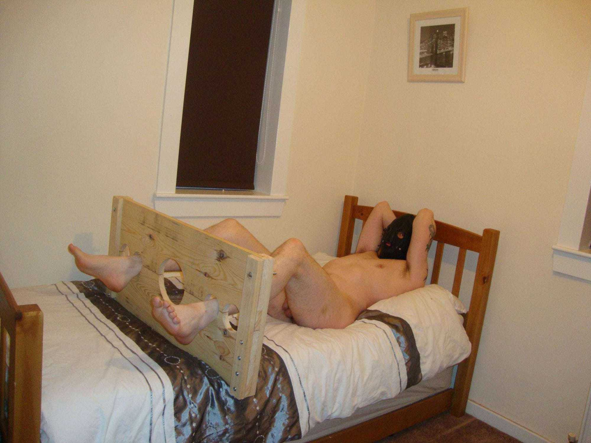 stock restraints, slave bondage cams