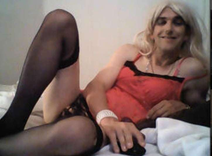crossdressing slut, crossdressers online