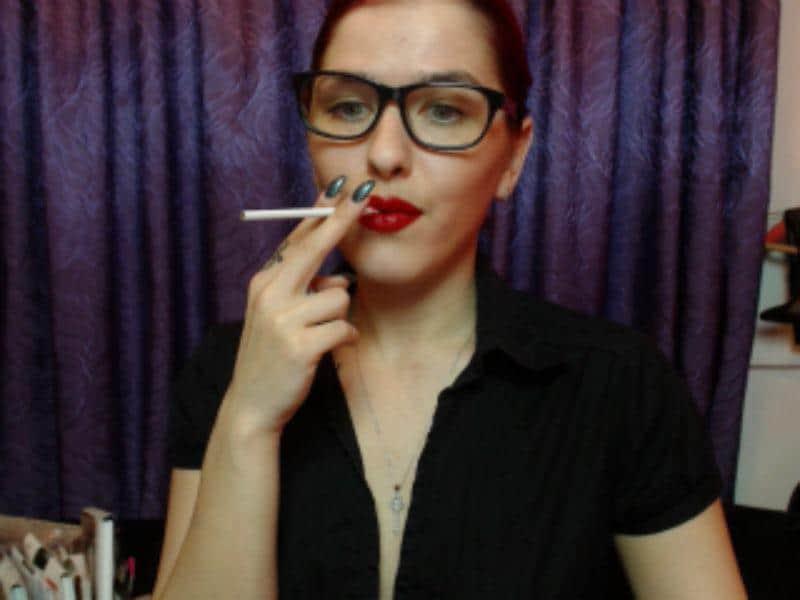 Smoking fetish cam