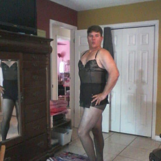 crossdressing sissy